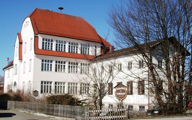 Altes Schulhaus Erlstätt